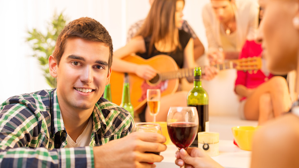How to host a great new year 39 s eve party for cheap for How to be a good party host