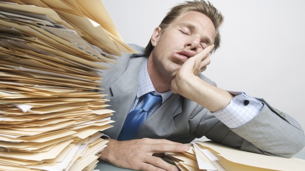 5 unmistakeable signs you u0026 39 re slacking at work