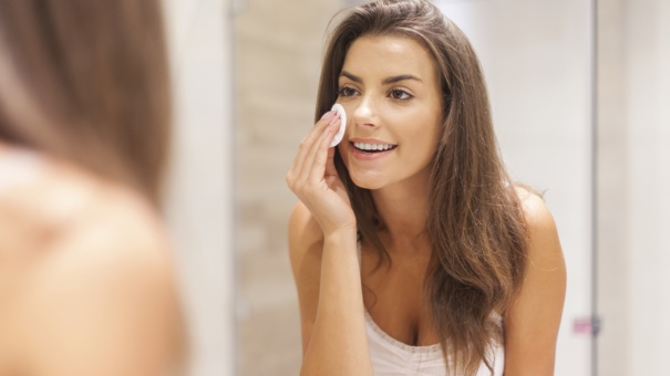 The 5 Best Facial Cleansing Wipes