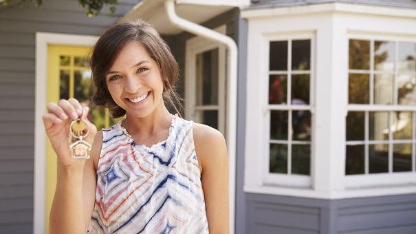 5 things to consider before buying a home when you 39 re single for Single woman blog
