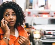 Afro American woman calling 911