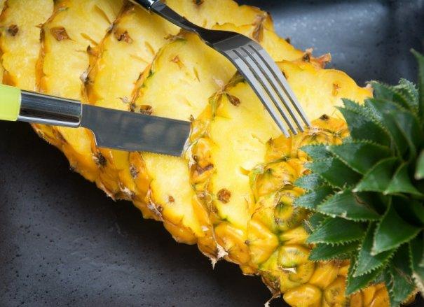 Dinti mai albi ananas