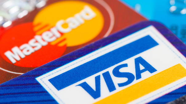 What's the Difference Between MasterCard and Visa Credit Cards?