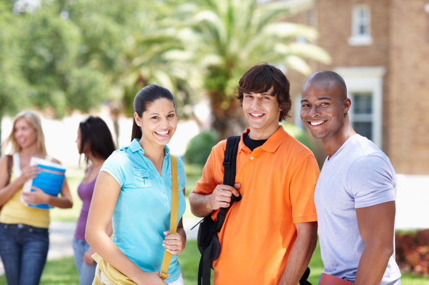 how to get loan as international student in usa
