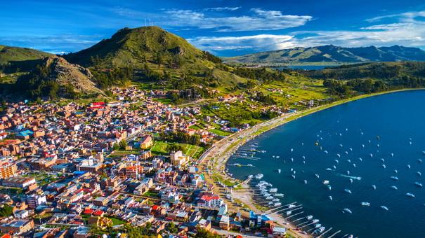 town of copacabana.