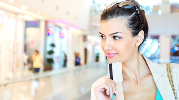 11 Ways Your Credit Card Will Save You Money While Holiday Shopping