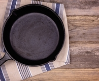 The five best cast iron skillets