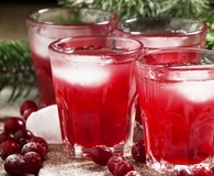 Finding delicious and cheap punch recipes for winter occasions