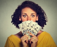 Woman making common money moves that can get her into trouble