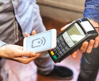 Learning easy ways to pay with a smartphone