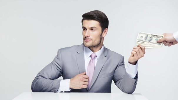 3 ways confidence makes you better with money