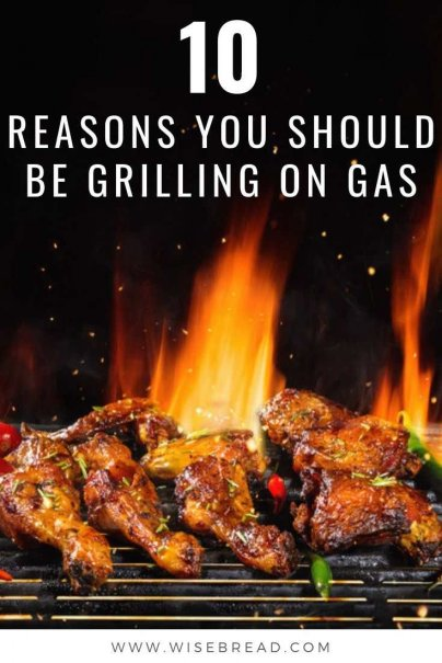 Love to grill on the bbq? Here are ten of the reasons I choose gas over charcoal.#bbq #grilling #lifehacks