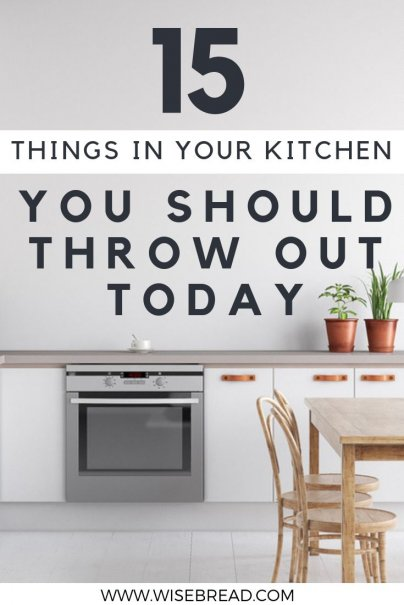 Kitchens can easily become cluttered with useless gadgets, tools, and food items. As its time for spring cleaning, these are the things you should get rid of you can have a more minimalistic, tidy and organized kitchen! | #minimalism #frugalliving #kitchen