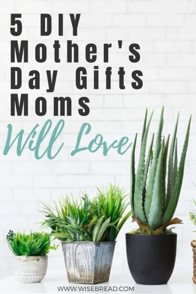 Want some cheap and easy DIY mothers day presents? Here are 5 great DIY gifts all moms are sure to love. | #mothersday #gifts