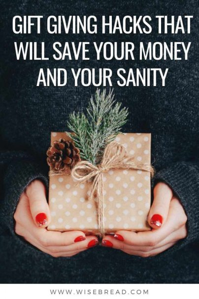 Worried about your finances and budget during the Christmas season? Here's a list of gift hacks that save money and your sanity. | #financetips #budgeting #frugalchristmas